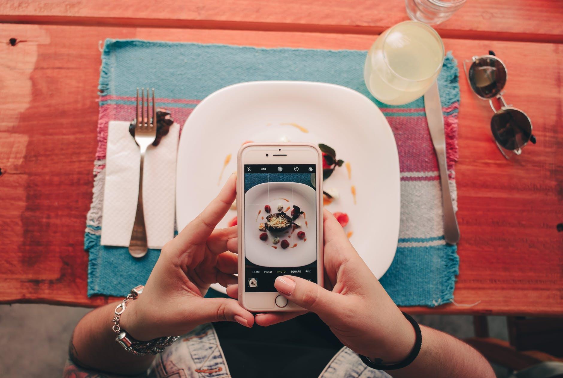 5 طرق تعمل التكنولوجيا على تحسين طريقة تناولنا للطعام