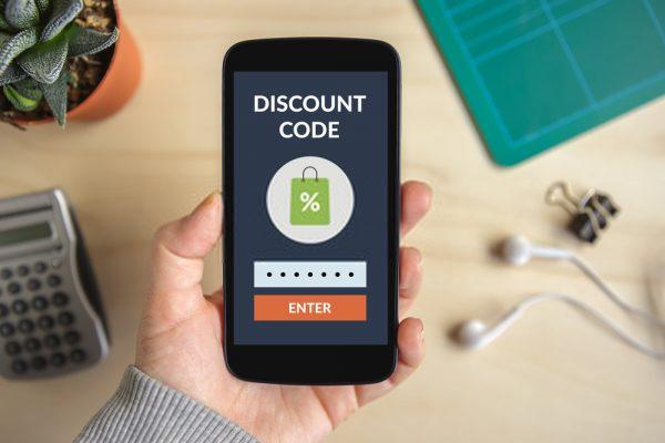 أفضل 15 تطبيقًا للكوبونات لتوفير دولارات إضافية من التسوق