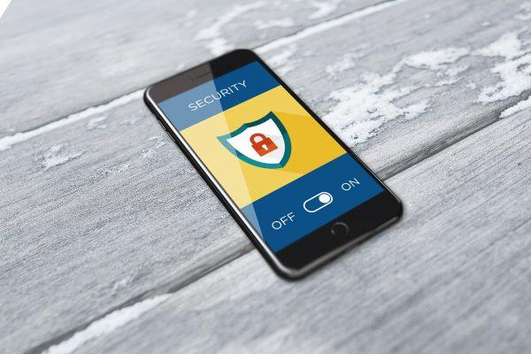 يسرق برنامج التجسس هذا بياناتك على الهاتف الذكي ، كما تقول FTC