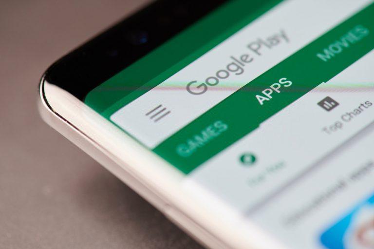 كيفية تحديث تطبيقاتك على هاتف Android أو الجهاز اللوحي