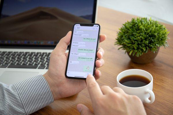 كيفية نقل رسائل WhatsApp من Android إلى iPhone